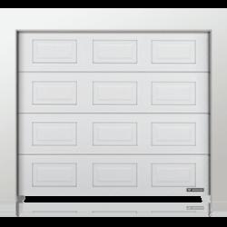 Brama z paneli z przetłoczeniami kasetonowymi